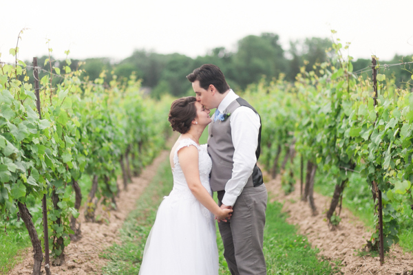 Kurtz Orchards Vineyard Bride Groom Couple