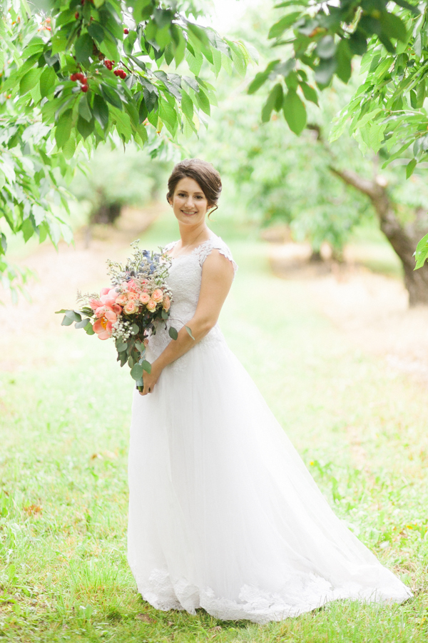 Kurtz Orchards Bride Wedding Photographer